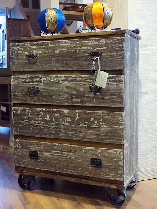 Industrial vintage arredamento mobili in stile industriale e vintage - Ruote per mobili vintage ...