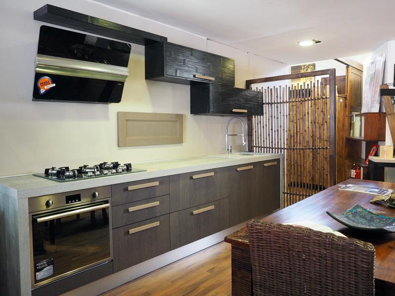 Stile cucine casa tuscolana studio q arch bartolomeo for Bartolomeo arredamenti