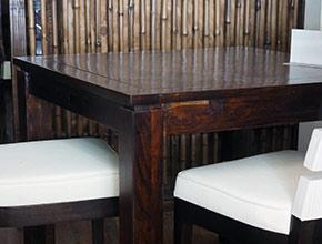 tavoli-in-puro-legno-massello