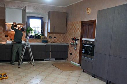 Mobili per cucine su misura torino realizzazioni di mobili per cucina - Montaggio mobili cucina ...