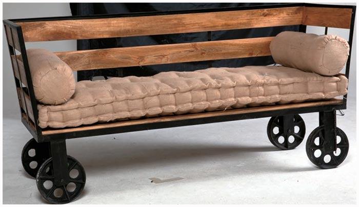 divani etnici stile moderno in legno e bambu