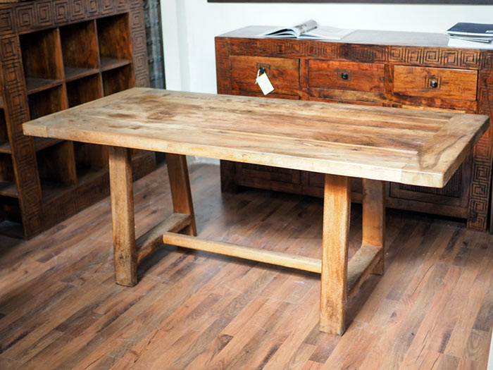 Tavolo radice di teak in legno massello for Tavolo legno teak