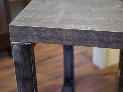 tavolo stile industrial