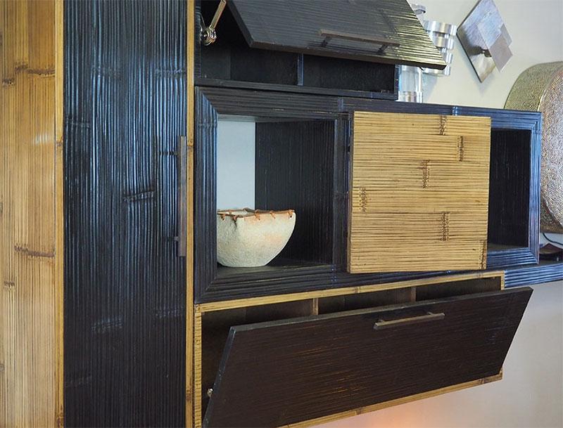 Soggiorno etnico moderno in legno e crash bambu nuovimondi for Arredamento soggiorno moderno in legno