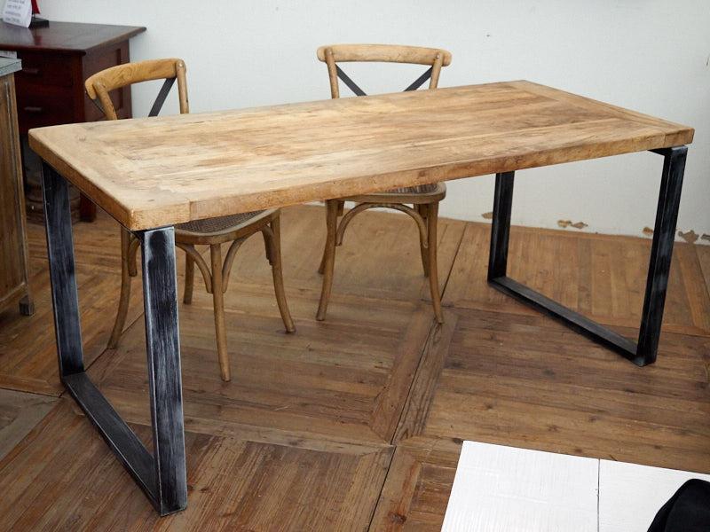 Tavolo legno massello e ferro industrial nuovimondi for Tavoli etnici allungabili