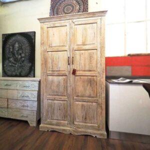 armadio shabby legno