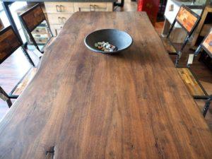 Mobili etnici arredamento etnico cucine librerie soggiorni for Arredamento etnico torino