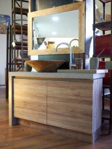 Mobili etnici arredamento etnico cucine librerie soggiorni for Outlet del mobile torino