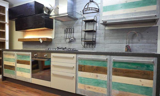 Cucine Colorate Moderne. Gallery Of Una Cucina Piccola Pu Essere ...