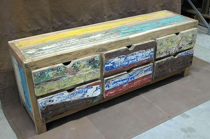 Mobile basso 6 cassetti legno riciclato nuovimondi for Mobili industriali vintage