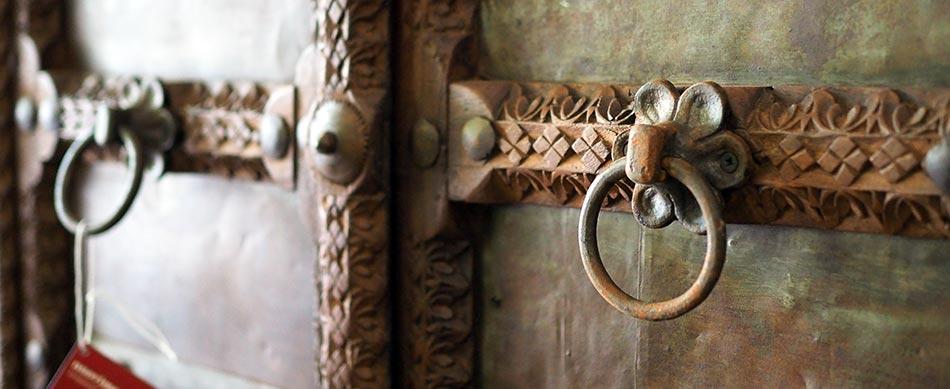 mobili antichi orientali