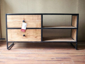 Arredamento stile industrial vintage mobili arredo industriale - Mobili tv vintage ...