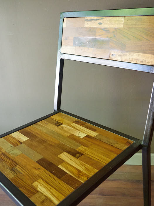 Sedia stile industriale legno e ferro in offerta on line for Mobili offerta on line