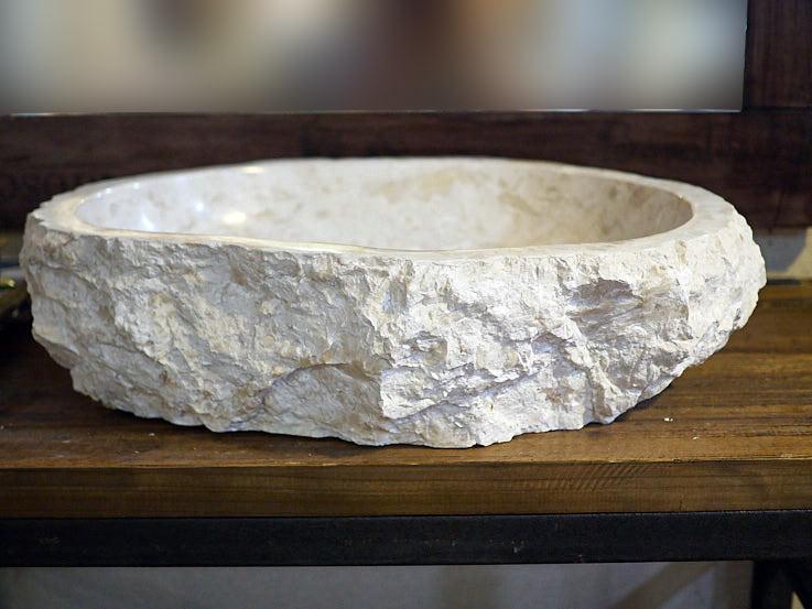 lavandino in marmo per bagno