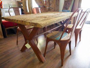 tavolo in legno di recupero