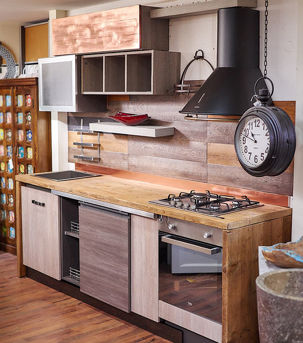 Cucina stile industrial in offerta top in vero legno