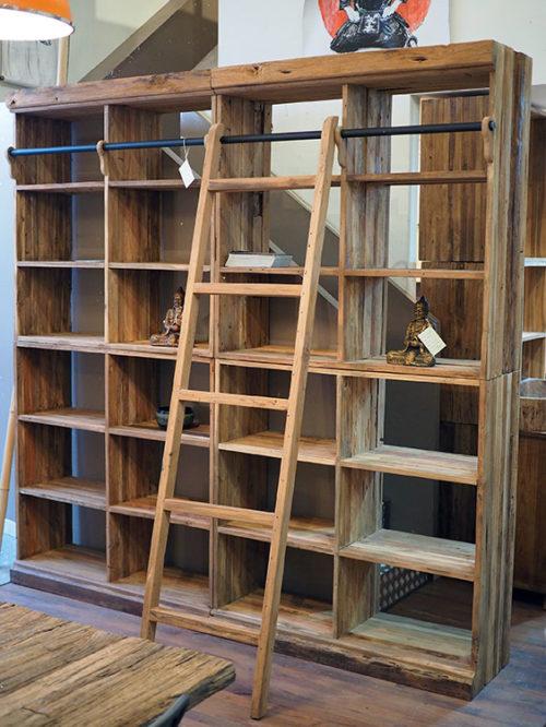 libreria scala stile etnico