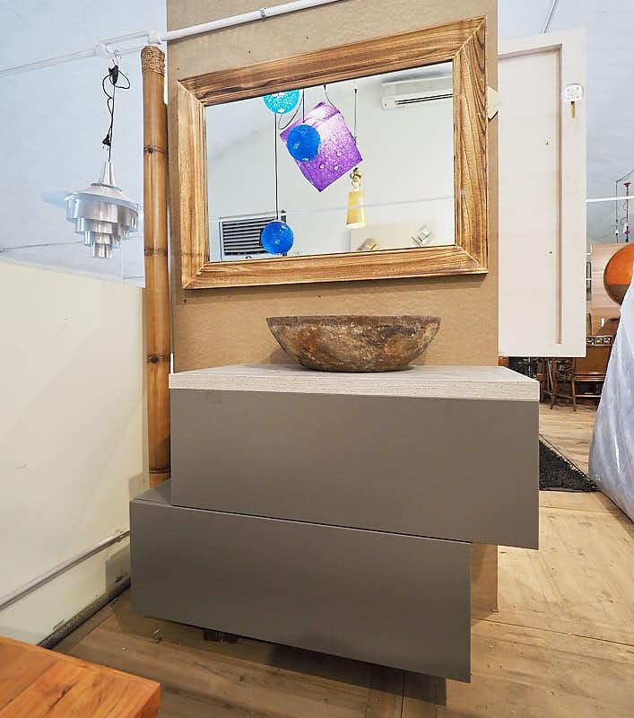 Mobile bagno minimal vintage compreso di specchio for Mobile bagno minimal