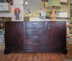 Credenza Giapponese