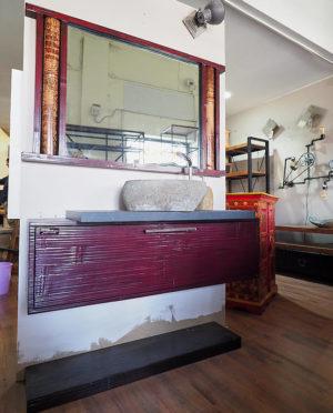 mobile bagno etnico rosso