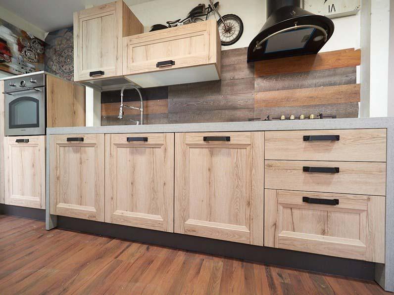 Cucine Moderne Lineari 3 Metri.Cucina Lineare 3 Mt Essenza Rovere
