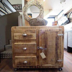 mobile bagno stile vintage