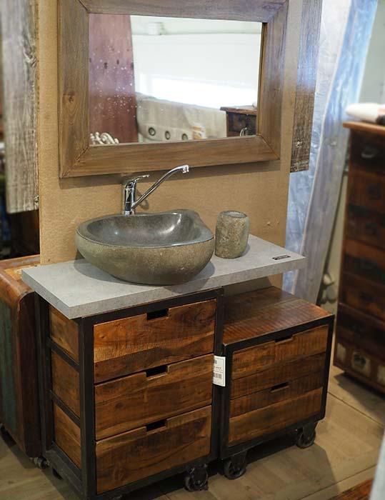 Bagno legno e ferro bristol