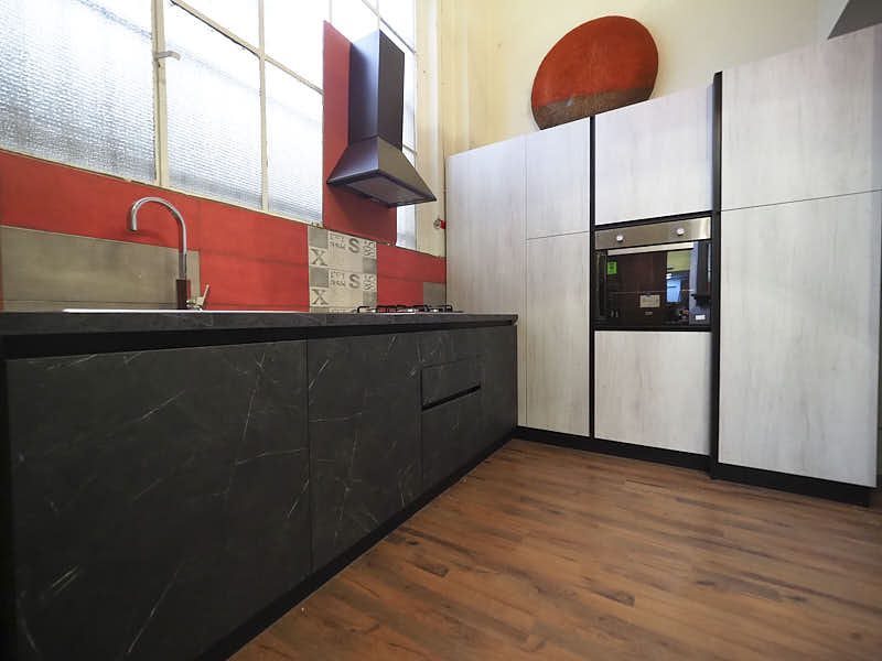 Cucina ad angolo moderna