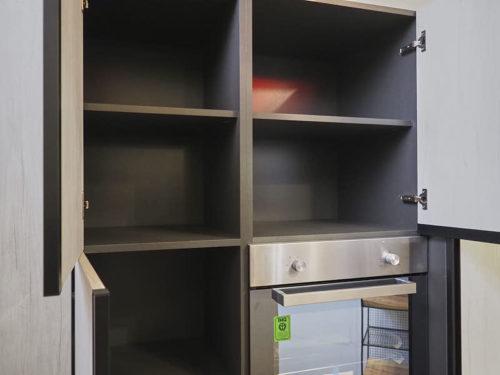 dispensa ad angolo cucina