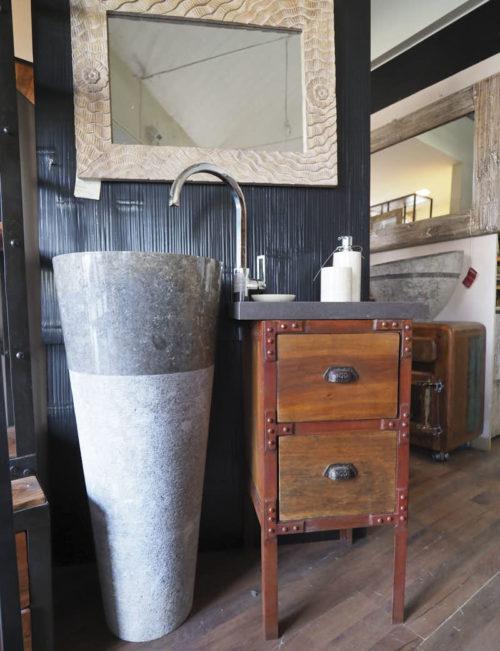 Mobiletto bagno con lavello a colonna
