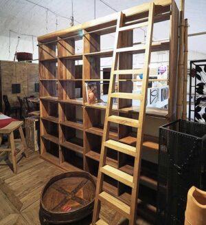 prezzo libreria in legno con scala
