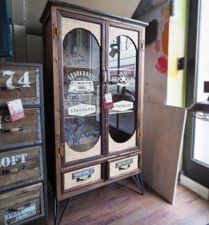 vetrinetta vintage rockstar