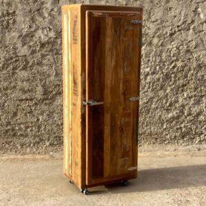 armadietto vintage riciclato