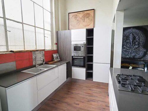 cucina laccata con isola