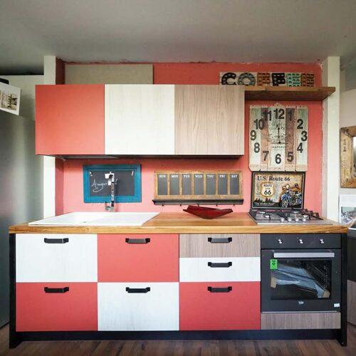 cucina multi colore